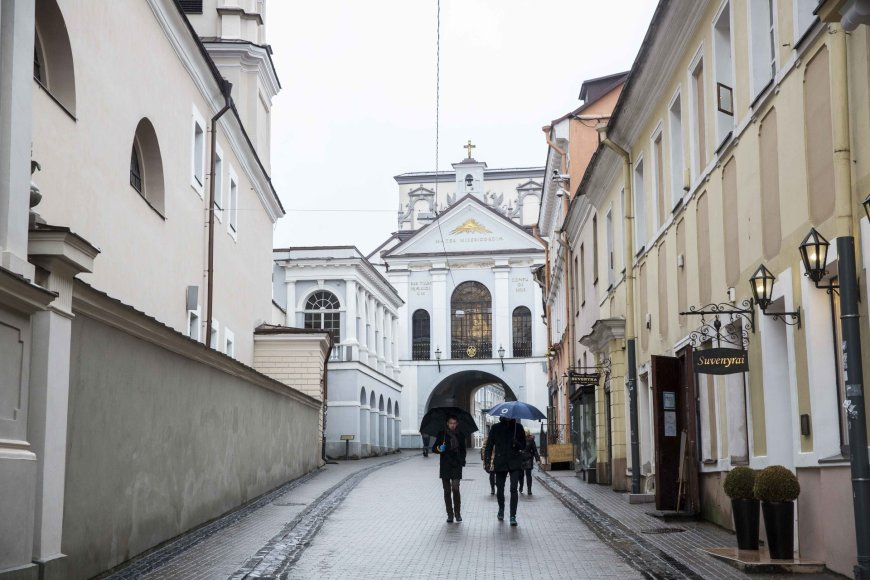 Lietuvos valstybingumo istorija - per valandos pasivaikščiojimą Vilniaus senamiesčiu