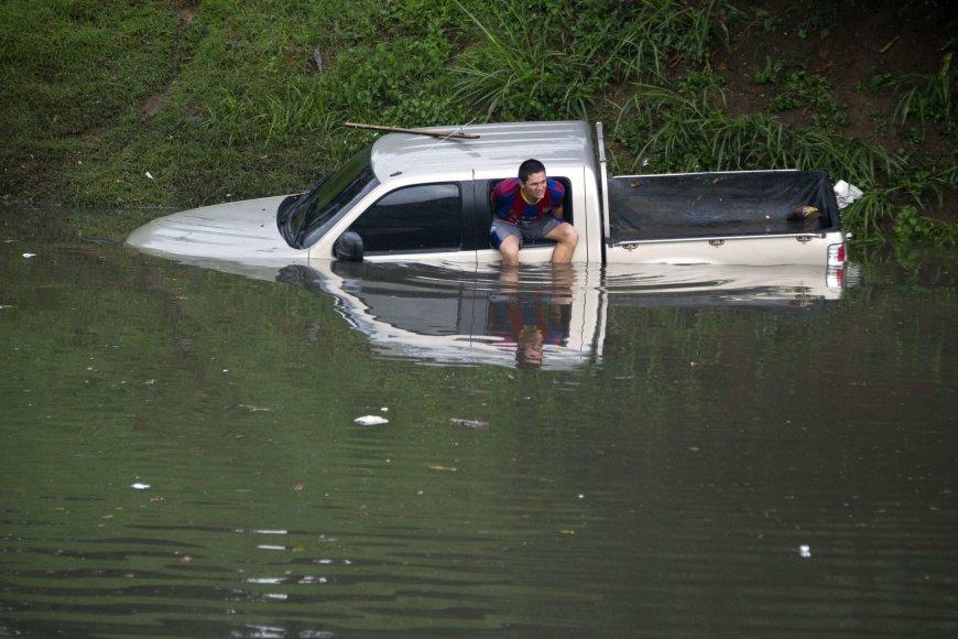 Kalio miestą siaubė potvyniai