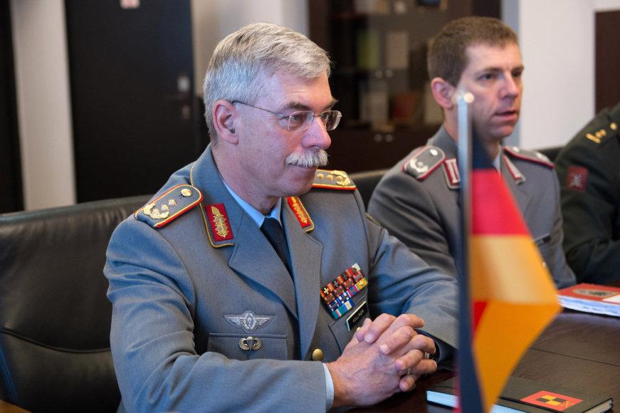 Vokietijos Sausumos Pajėgų vado pavaduotojas generolas leitenantas  Joergas Vollmeris