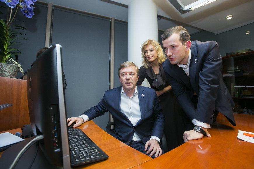 Rinkimų naktis Lietuvos valstiečių ir žaliųjų sąjungos štabe