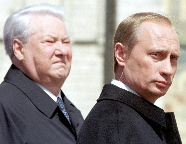 Borisas Jelcinas ir Vladimiras Putinas