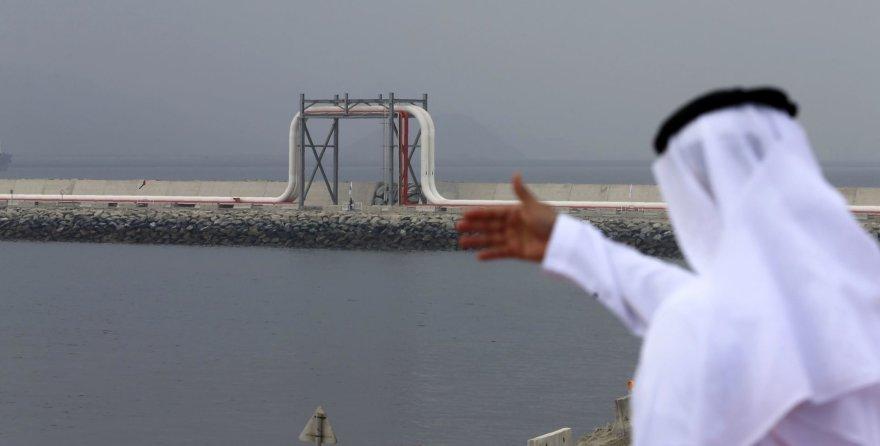 Naftos terminalas Jungtiniuose Arabų Emyratuose