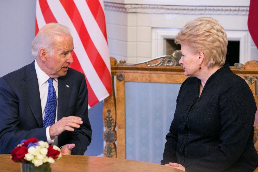 JAV viceprezidentas Joe Bidenas ir Lietuvos prezidentė Dalia Grybauskaitė