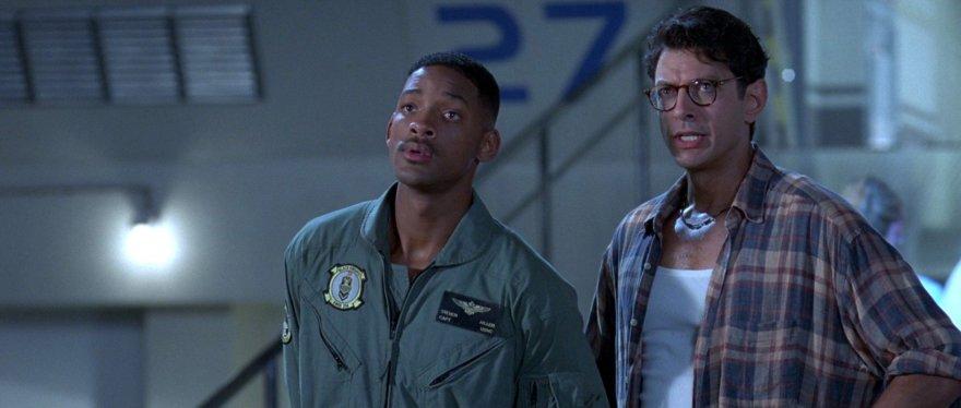 """Willas Smithas ir Jeffas Goldblumas filme """"Nepriklausomybės diena"""""""