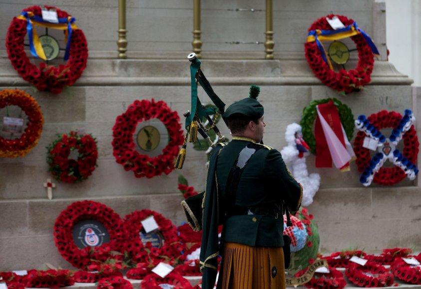 Britai pagerbė Pirmojo pasaulinio karo aukas.