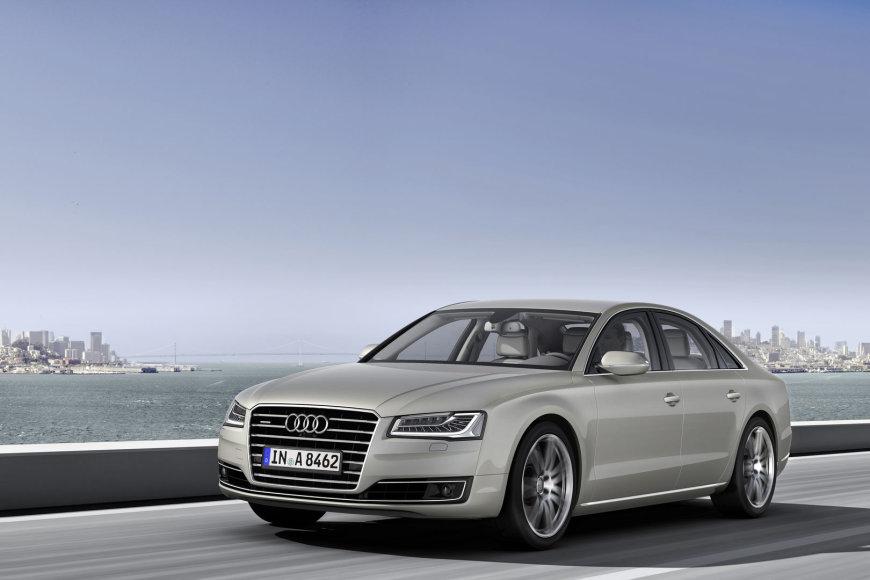 """Audi A8 4.2 TDI"""