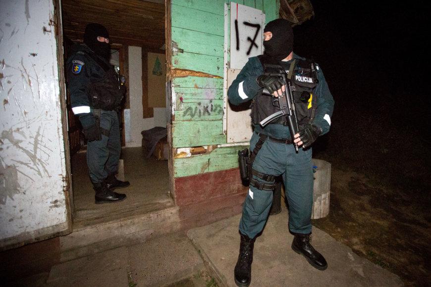 Policija čigonų tabore