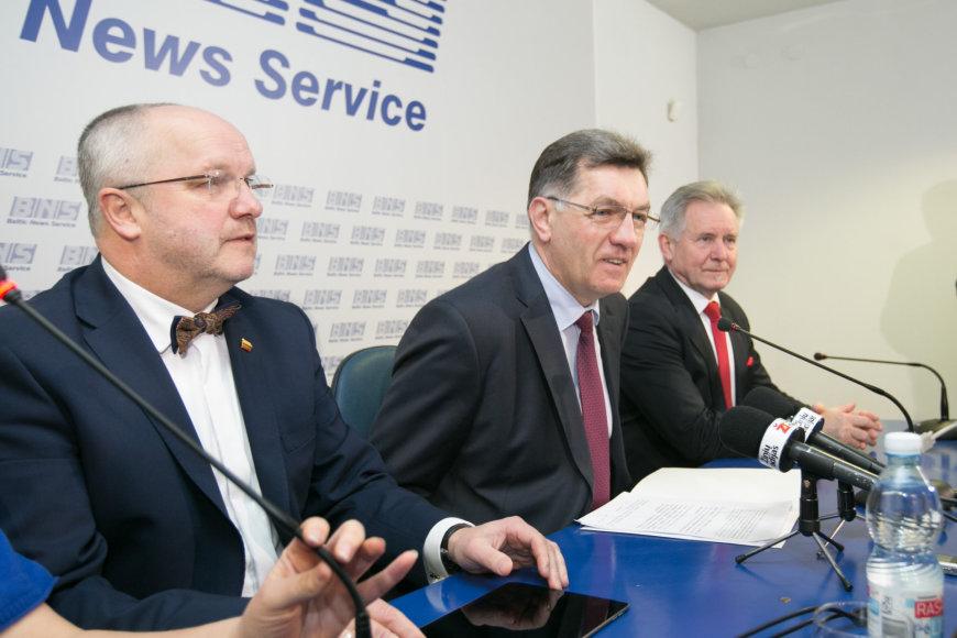 Iš kairės: Juozas Olekas, Algirdas Butkevičius, Algirdas Sysas