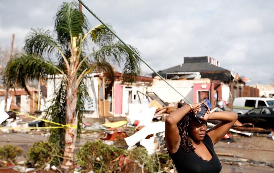 Naująjį Orleaną nusiaubė tornadas.