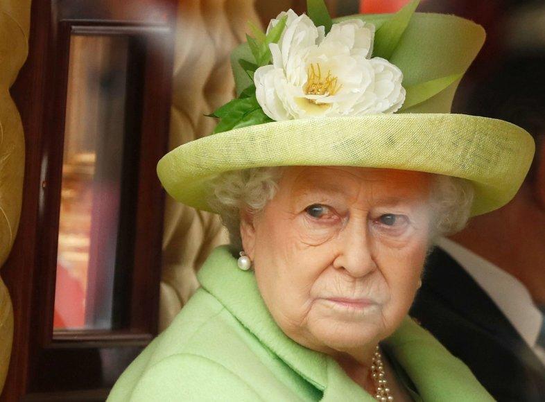 Didžiosios Britanijos karalienė Elizabeth Londone