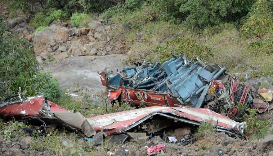 Indijoje sudužęs autobusas