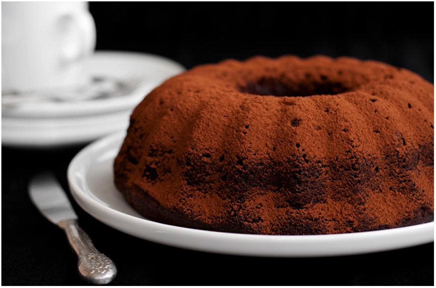 A. Černės nuotr. / Šokoladinis cukinijų pyragas