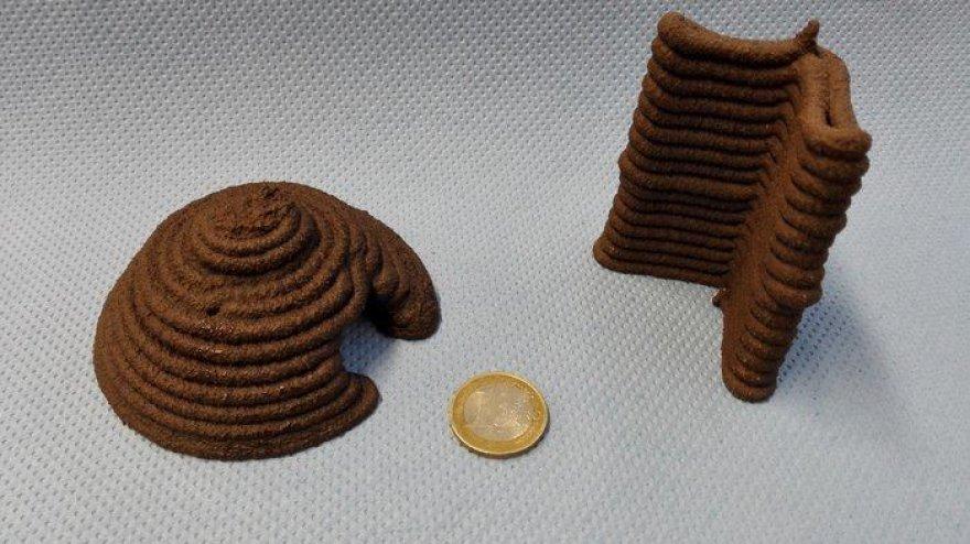 Pirmieji iš sumodeliuoto Marso grunto atspausdinti gaminiai