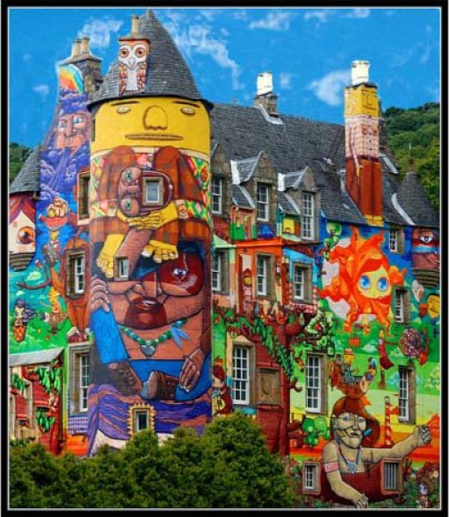 Škotijos peizaže ši pilis yra tikrai ryškiausia