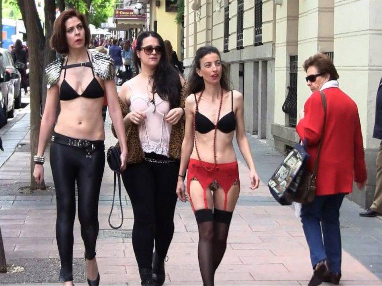 Sevilijoje eksperimentas prieš seksizmą baigėsi policijos iškvietimu.