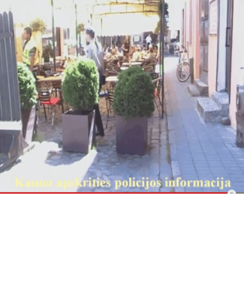 Kavinė užblokavusi gatvę