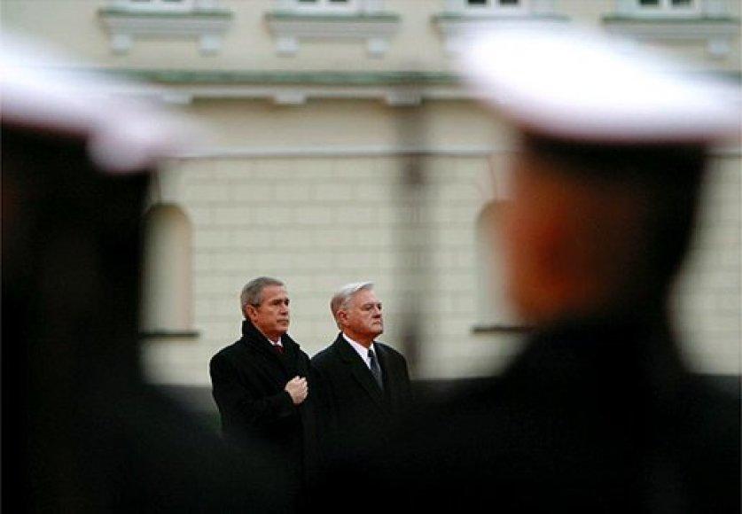 JAV prezidentas George\'as W.Bushas Vilniuje 2002-aisiais