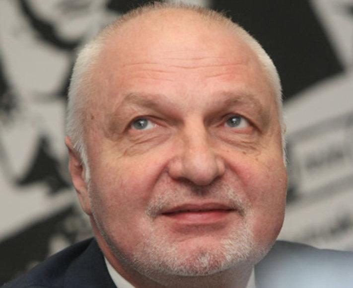 Valentinas Mazuronis (380)