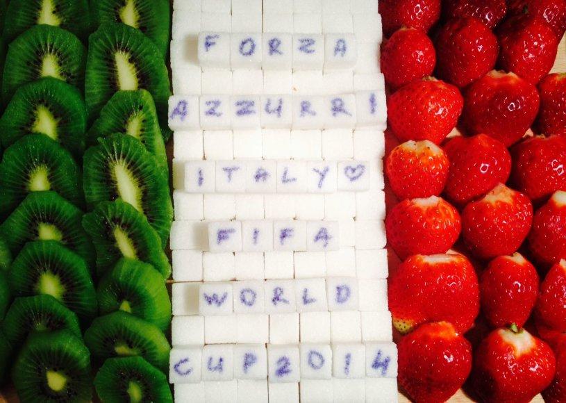 Lizos ir Sigitos sukurta Italijos vėliava. Forza Italia!
