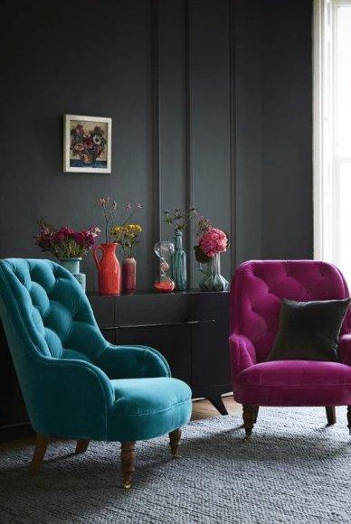 Violetinė, mėlyna, juoda / Interjero elementai / A.Kisielienės nuotr.