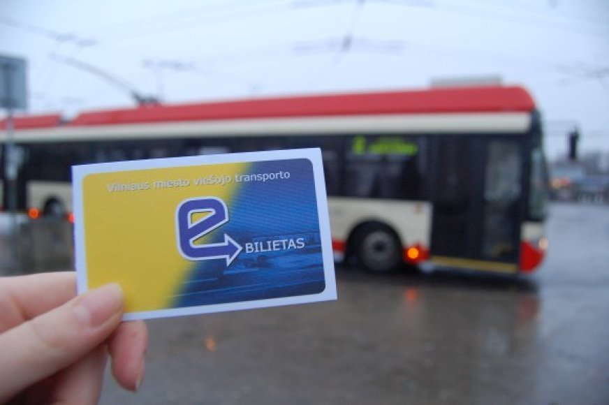 El.bilieto sistema Vilniuje vis dar neveikia taip, kaip turėtų veikti.