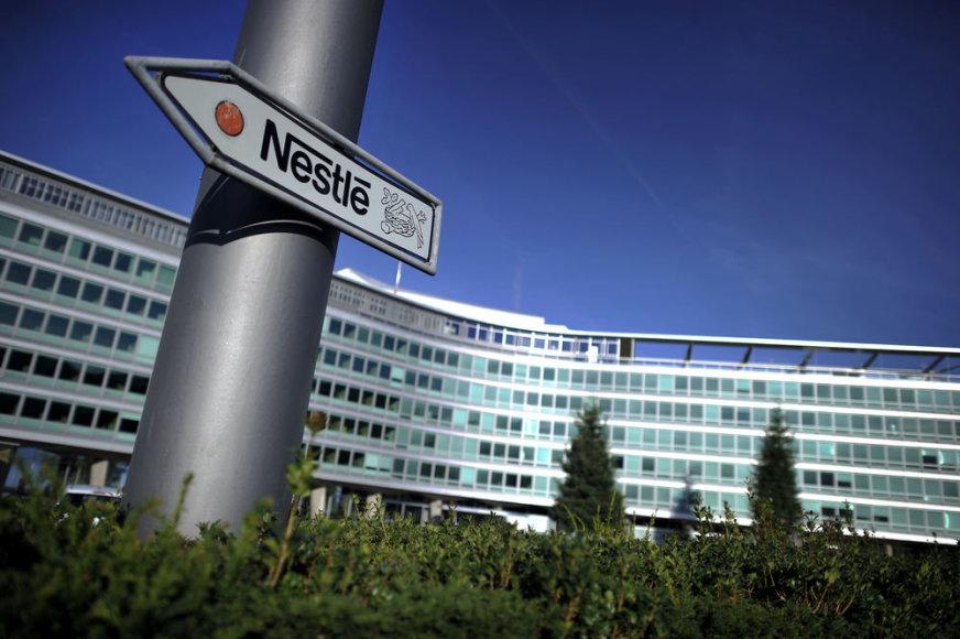 """Įmonės """"Nestle"""" logotipas"""
