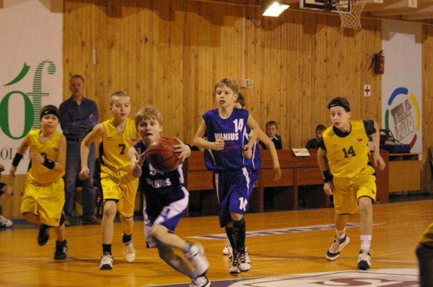 Vilniaus krepšinio mokykloje - turnyras treneriams atminti