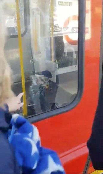 Sprogimas traukinyje Londone