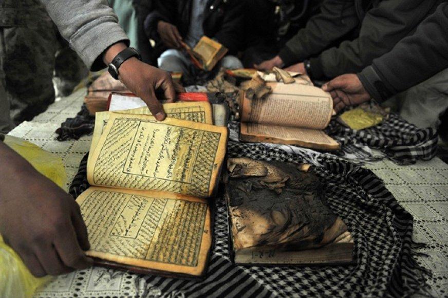 Ugnies nuniokoti Koranai