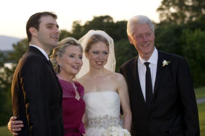 Chelsea Clinton ištekėjo už Marco Mezvinsky