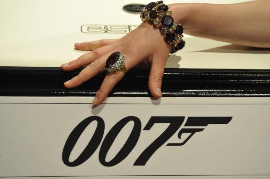 Agentas 007 – Džeimsas Bondas