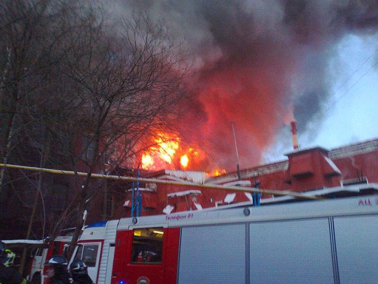 Gaisras Maskvoje, sudegė baldų fabrikas