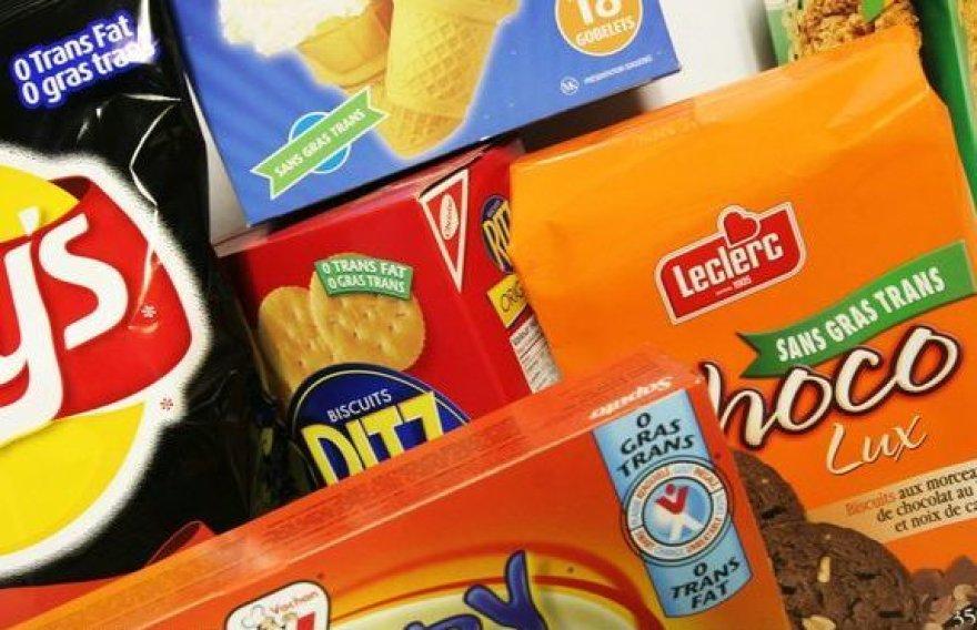Greitojo maisto gamintojai konkuruoja parduotuvių lentynose išryškindami privalumus.