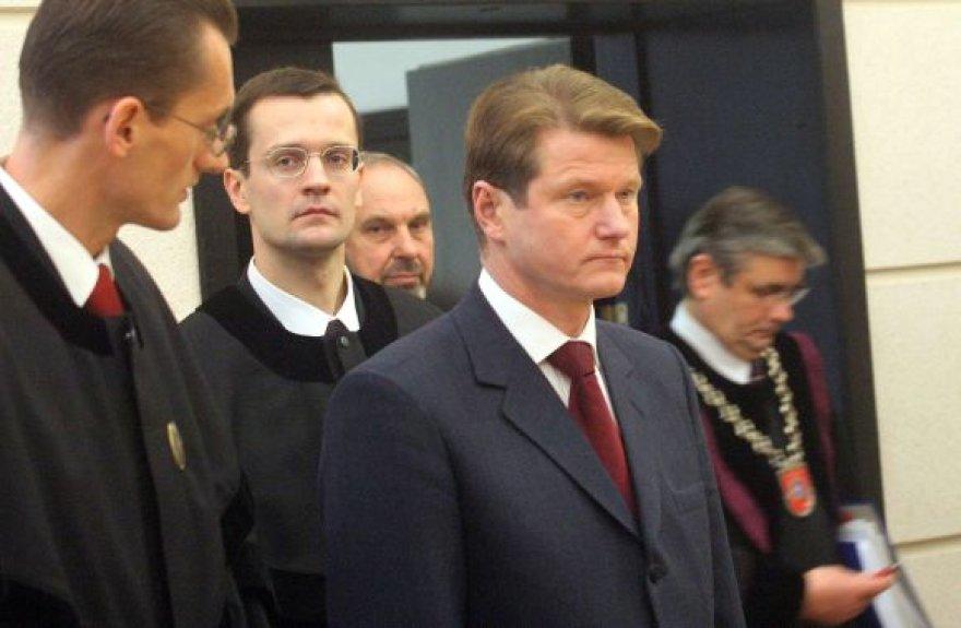 Rolandas Paksas Konstituciniame Teisme (2003 m.)
