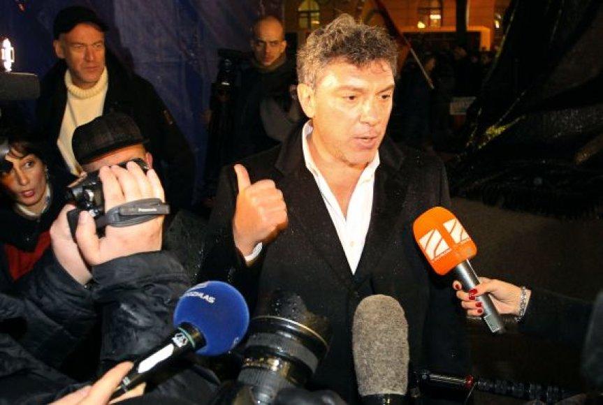 Mitingas Maskvoje, opozicijos lyderis Borisas Nemcovas