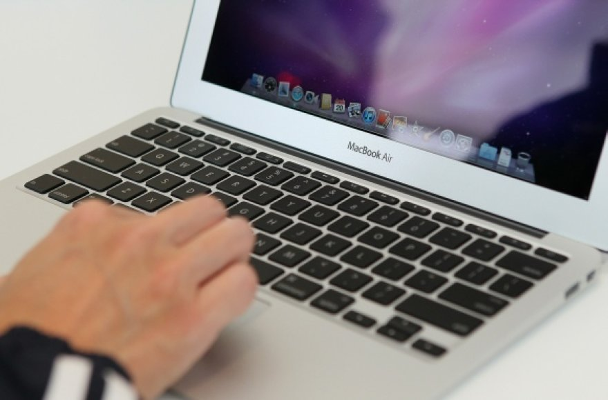 """MacBook Air"" kompiuteris"