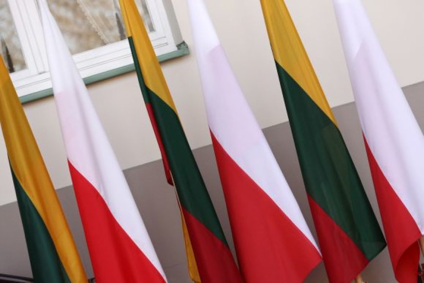 Lietuvos ir Lenkijos vėliavos