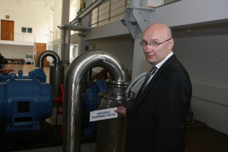"""V.Miltienis sakė, kad vandens kainą norima didinti tam, kad """"Vilniaus vandenys"""" galėtų įgyvendinti suplanuotas investicijas."""