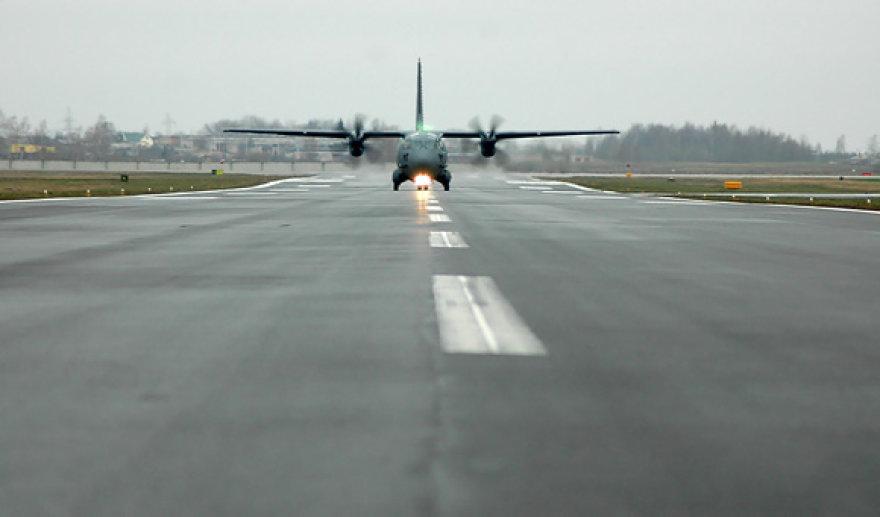 Karinių oro pajėgų bazė Zokniuose