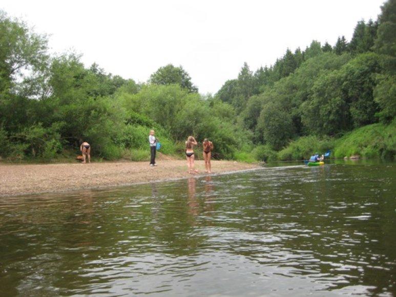 Ne visose upėse patariama maudytis. Jau nustatyta tarša Minijoje ties Priekule.