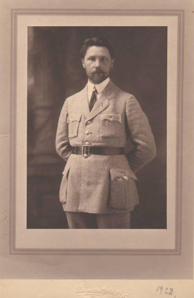A. Žmuidzinavičius su šaulių uniforma 1922 m.