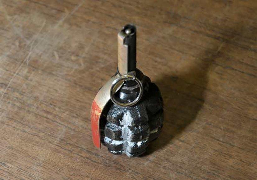 Rankinė granata
