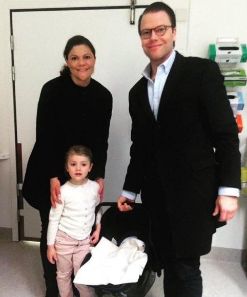 Švedijos princesė Victoria su vyru Danieliu, dukra Estelle ir sūnumi Oscaru