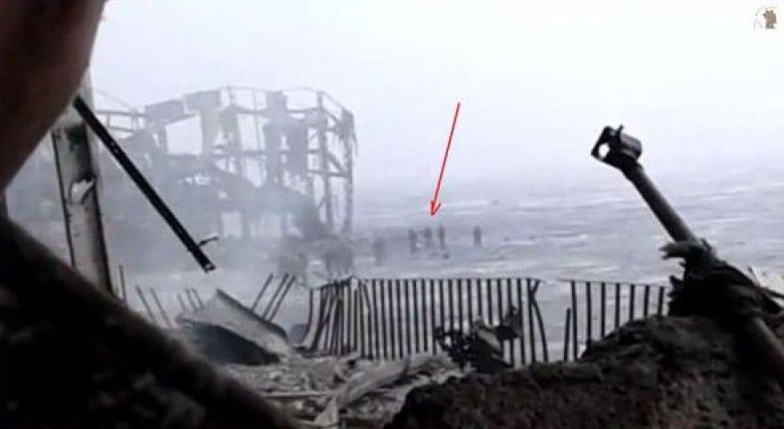 """Iš Donecko oro uosto """"kiborgus"""" išsiveda ginkluoti teroristai"""