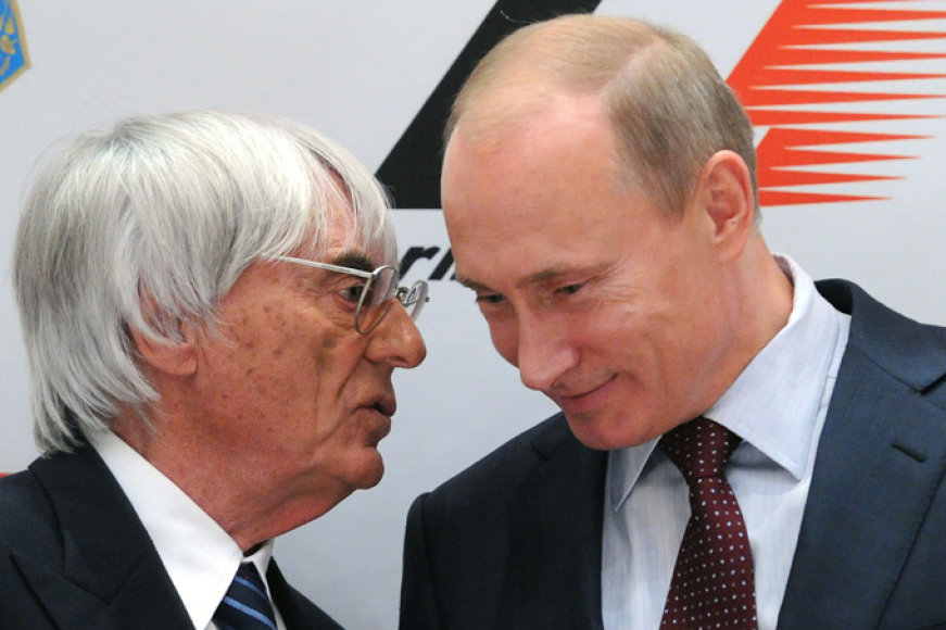 """""""Formulės-1"""" teisių valdytojas B. Ecclestone'as ir Vladimiras Putinas"""