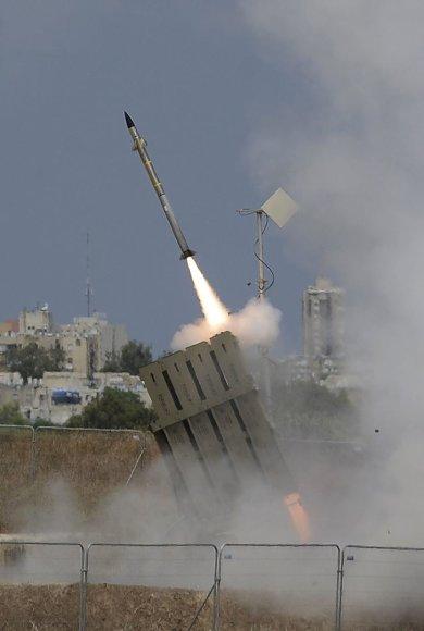 """Izraelio priešraketinė sistema """"Geležinis kupolas"""""""
