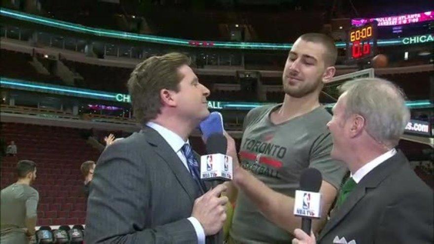 Jonas Valančiūnas ir NBA žurnalistai