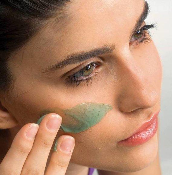 Šveisti veido odą rekomenduojama kelis kartus per savaitę