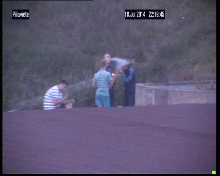 Klaipėdoje nufilmuoti narkotikus vartojantys jaunuoliai