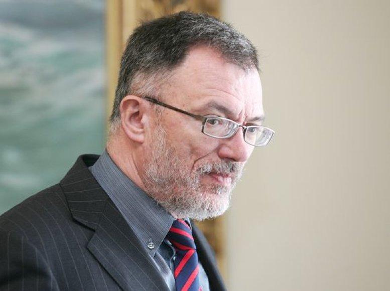 Lietuvos užsienio reikalų ministras vyksta į Latviją.